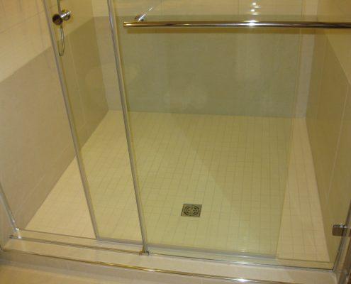 glass sauna room